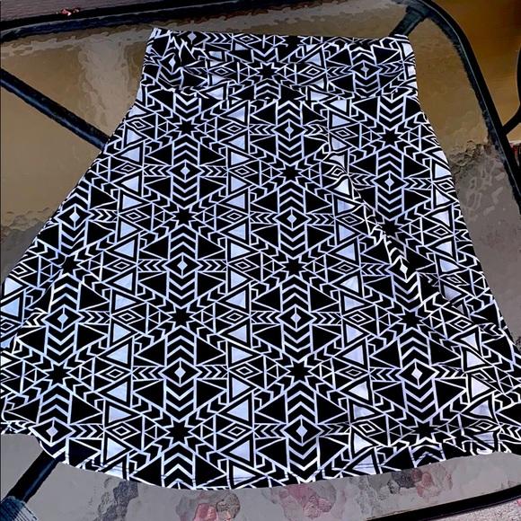 🎄LuLaRoe Azure skirt